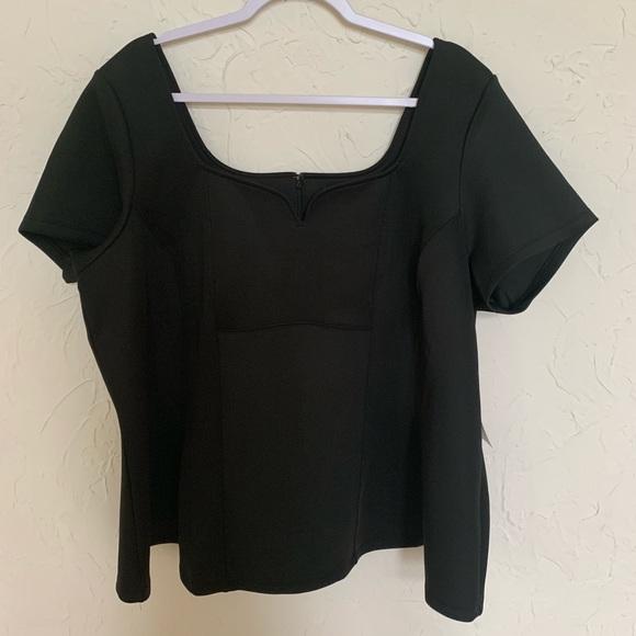 Eloquii Tops - NWT Eloquii Black Short Sleeve Blouse Sz 22